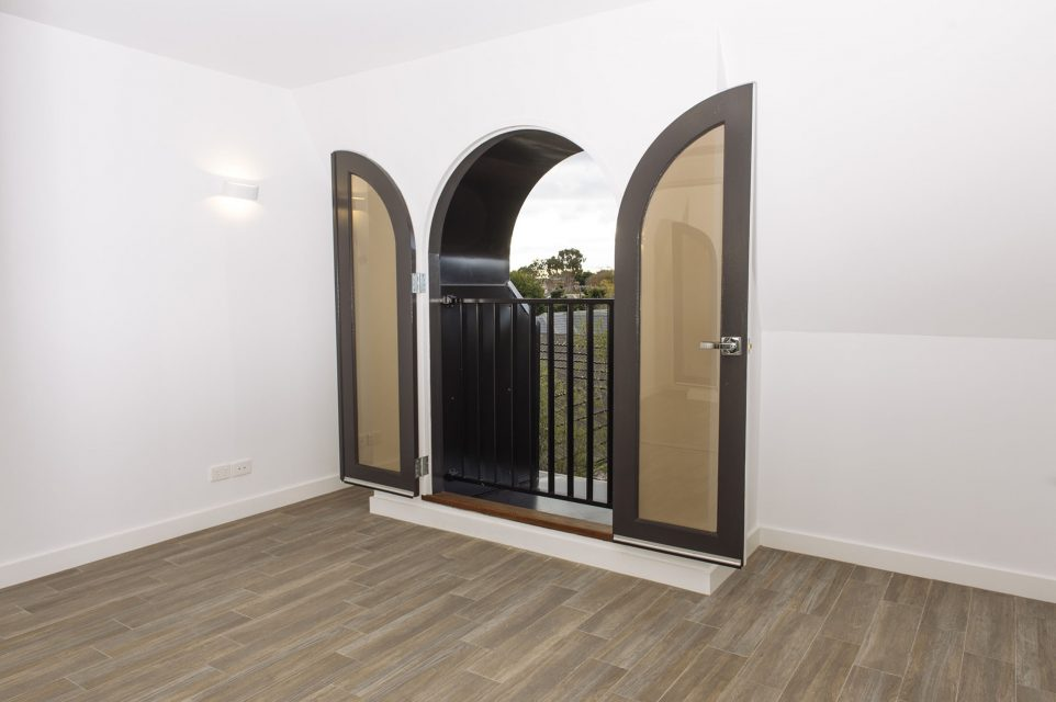 Photograph of doors at 6-2 Seymour avenue